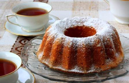 Αφράτο κέικ με γιαούρτι και πορτοκάλι
